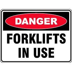 DANGER FORKLIFT IN USE